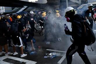 China amenință manifestanții pro-democrație din Hong Kong: