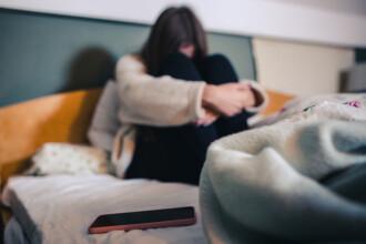 Minoră otrăvită de familie, după ce a aflat că e însărcinată. Mama ei a permis să fie violată