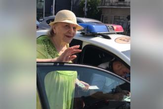 """Marian Godină, despre bătrâna amendată în Capitală: """"Trecuse pe roșu, printre mașini"""""""