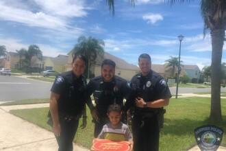 Pățania unui copil de 5 ani care a sunat la 911 ca să anunțe că îi este foame