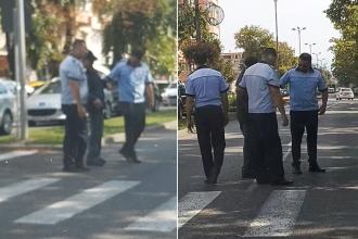 VIDEO. Bătrân ajutat de poliţişti să traverseze în Bistrița. Reacția românilor