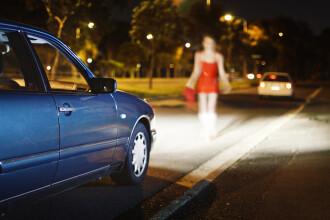 Minoră luată cu maşina de un necunoscut, bătută, tâlhărită şi violată de patru bărbaţi