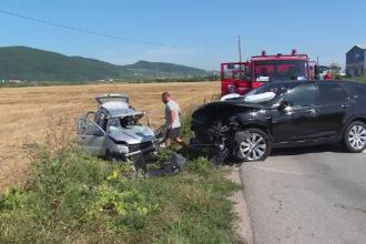 Nuntă de coşmar: mireasa, implicată într-un accident chiar în drum spre biserică