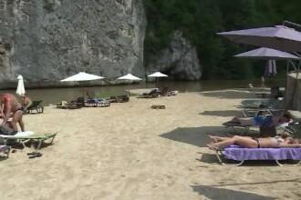 Locul în care turismul a explodat după amenajarea plajei. Nu mai sunt locuri de cazare