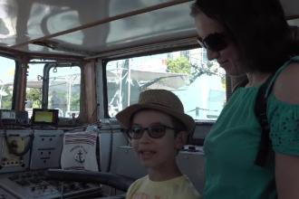 """Reacția unui copil care ajunge într-o navă de luptă. """"Nu mai pot să ies de aici niciodată"""""""