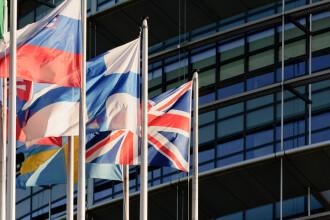 Anunțul ministrului Ciamba pentru românii din Marea Britanie care vor statut de rezident