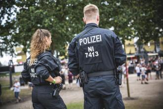 """Falsă polițistă, arestată în Germania. A participat la numeroase intervenții cu """"colegii"""""""