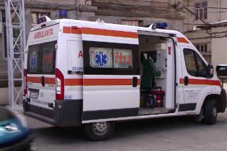 Un bărbat a sărit din ambulanță în timp ce era transportat la un spital din Craiova