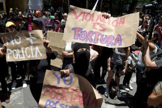 Două adolescente ar fi fost violate de polițiști. Sute de oameni au ieșit în stradă, în Mexic