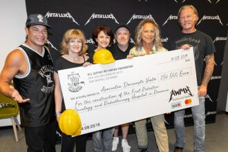 """Metallica a donat 250.000 de euro pentru spitalul construit de """"Dăruieşte Viaţă"""""""