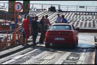 Circ uriaș făcut de un șofer care a vrut să traverseze Dunărea, cu bacul, mai repede