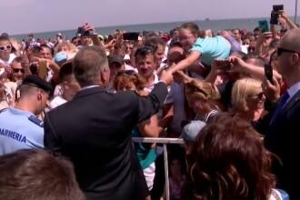 Iohannis a făcut baie de mulțime, la Constanța. Ce le-a spus celor prezenți. FOTO