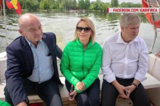 """Vaporul inaugurat de Firea pe lacul Floreasca, inexistent pentru bucureșteni. """"E o bătaie de joc"""""""