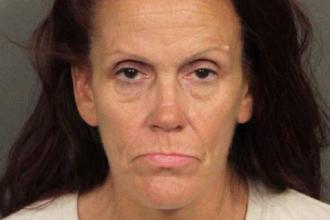 Pedeapsa primită de o femeie din SUA care a aruncat la gunoi șapte cățeluși