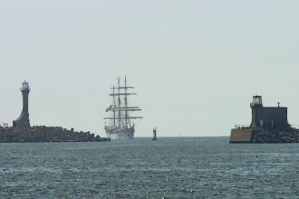 Nava militară românească ce va face o călătorie în jurul lumii. Are 80 de ani