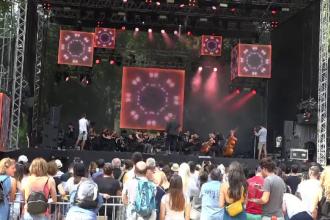 Relaxare în ultima zi a festivalului Awake. 40.000 de oameni s-au distrat la Târgu Mureş