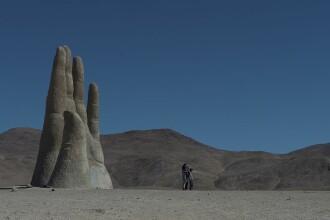 Misterul mâinii uriașe din Deșertul Atacama. Testele făcute de NASA în zonă