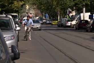 Experiment Ştirile ProTV: cum ajung bicicliştii victime sigure în traficul din România