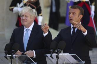 """Macron, mesaj ferm pentru Boris Johnson privind Brexit: Am fost mereu """"durul găștii"""""""