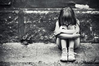 Fetiţa de 6 ani şi jumătate, violată de tatăl său când mama era plecată din țară