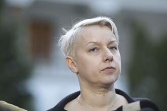 De ce a schimbat-o Dăncilă pe Birchall de la Justiție. Cine este Dana Gîrbovan