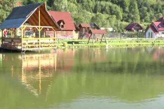 """Peisaje ca în Austria și prețuri foarte mici. """"Colțul de Rai"""" din România"""