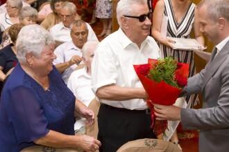 Orașul din România în care longevitatea în căsnicie e premiată. Ce sumă primesc soții