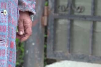 Femeie din Vaslui, la un pas să fie violată de propriul fiu. Cum a scăpat