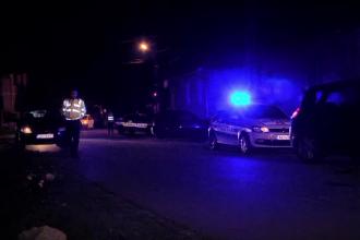Fată de 16 ani, luată cu forţa de pe stradă de 3 bărbaţi, în Vâlcea. Ce voiau de fapt