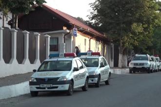 Anchetă la Buzău după ce o polițistă ar fi ţinut cu forţa 2 copii într-o gheretă