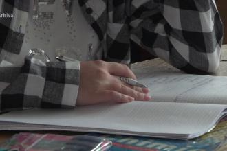 Tot mai mulți elevi români pleacă să studieze în străinătate. Motivele invocate