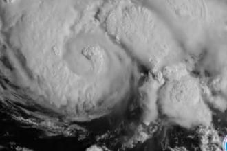 Uraganul Dorian a crescut în intensitate ajungând la categoria 4