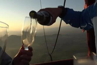 Festival pentru baloanele cu aer cald, în Dolj. O tânără a fost cerut în căsătorie în aer