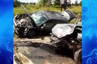 Impact violent după ce un șofer a intrat pe contrasens, în Cluj. A fost chemat elicopterul SMURD
