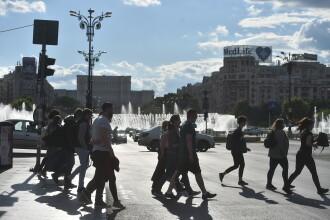 Masca de protecţie devine obligatorie în mai multe zone publice din București