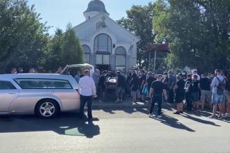 Emi Pian, înmormântat duminică. Funeraliile au fost grăbite, jandarmii au dat amenzi