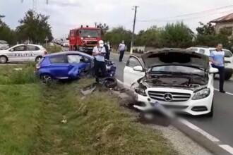 O femeie de 70 de ani a ajuns în stare critică la spital, după ce a intrat cu mașina pe contrasens