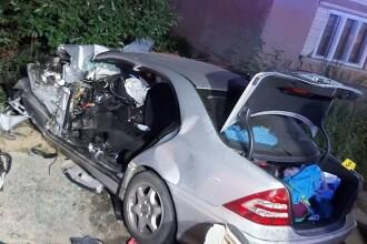 Accident tulburător în județul Bistrița-Năsăud. Un bărbat a murit și alte 4 persoane, printre care 3 copii, rănite grav