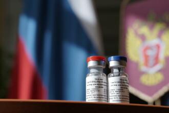 Începe testarea în masă a vaccinului Sputnik V produs de Rusia. 40.000 de persoane vor fi implicate