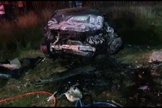 Accident grav în Dâmbovița. Un tânăr a murit, după ce s-a izbit cu mașina de zidul unei troițe