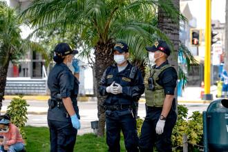 Cel puțin 13 oameni au murit striviți în timp ce fugeau de poliție la o petrecere, în Peru