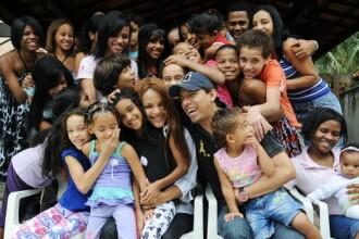 O deputată din Brazilia, care a adoptat 50 de copii, este acuzată că și-a asasinat soțul