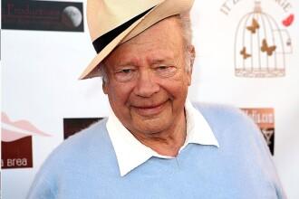 A murit actorul Allan Rich, la 94 de ani. De ce a fost inclus pe lista neagră la Hollywood