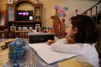 Țara în care școala a început la televizor. Cum se desfășoară cursurile. GALERIE FOTO