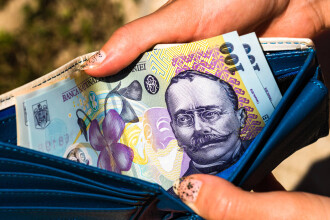 Guvernul propune creşterea salariului minim cu 10,9%, de la 1 ianuarie, de la 2.300 la 2.550 lei