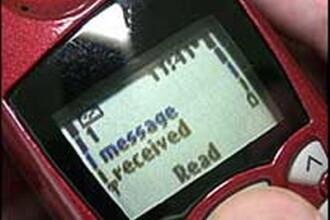 Atentie, parinti! SMS-urile creeaza dependenta, exact ca drogurile