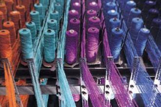 Criza in industria textila. 40.000 de oameni risca sa ramana fara slujba