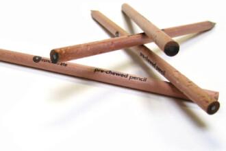 Vreti copii silitori? Cumparati-le creioane mestecate la capat!