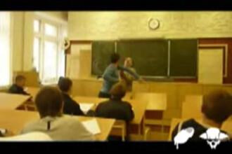 Dezbatere: cum ripostezi in cazul in care esti lovit de un profesor?