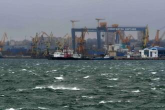 Porturile din Constanta au fost inchise. Vantul atinge chiar si 70-80 km/h